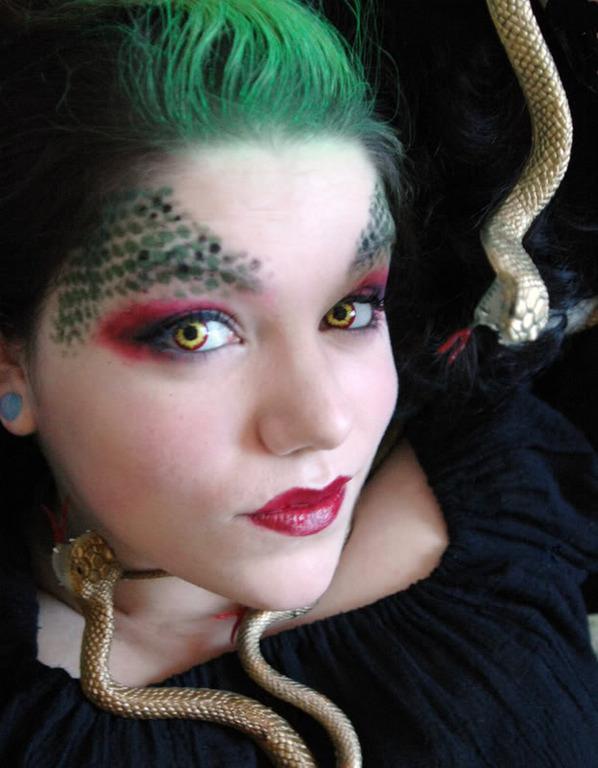 Profile pic for user Lady_Myrrhmalade