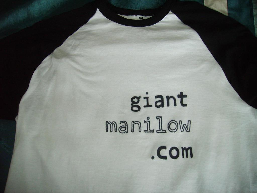 Profile pic for user GiantManilow